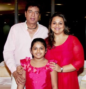 Shilpa Shirodkar Rare family photos 2