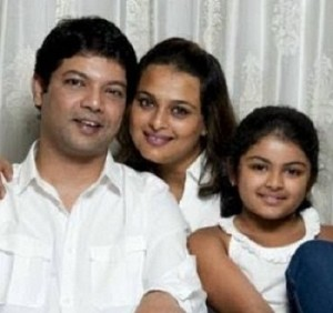 Shilpa Shirodkar children daughter Anushka