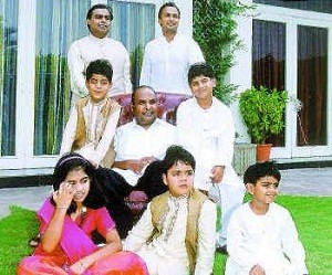 Tina Ambani Rare family photos 4