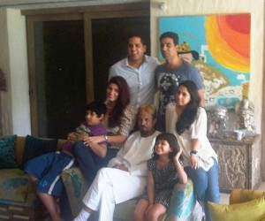 Twinkle Khanna Rare family photos 3